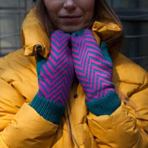 kolorowe wełniane rękawiczki